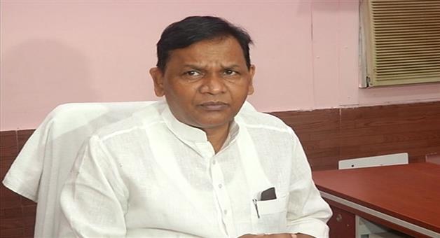 Khabar Odisha:Healthy-is-opposition-leader-Pradeep-Naik-no-life-support-system-needed