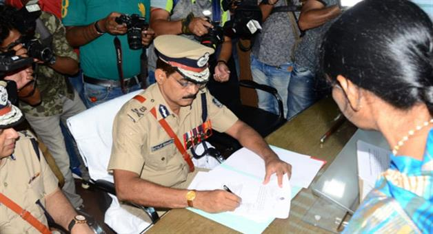 Khabar Odisha:IPS-Satyajit-Mohanty-takes-charge-as-twin-city-police-commissioner