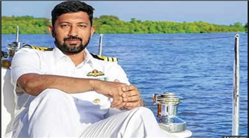 Khabar Odisha:Indian-Navy-Dispatched-Two-Warships-And-Aircraft-To-Rescue-Captain-Abhilash-Tomy