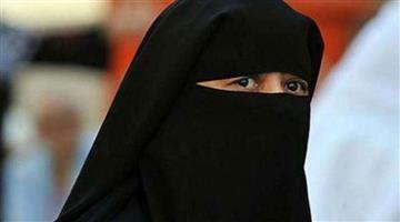 Khabar Odisha:International-Pakistan-police-presented-hindu-girl-in-court-on-wedding-day-on-Sunday
