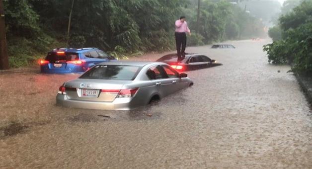Khabar Odisha:International-US-capital-road-become-rivers-as-Washington-deals-with-flash-floods