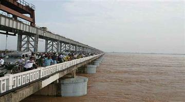 Khabar Odisha:It-is-unknown-at-this-time-what-he-will-do-after-leaving-the-Cuttack-Mundali-Bridge