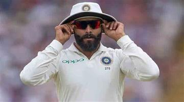 Khabar Odisha:Jadeja-has-an-argument-with-a-female-constable-for-not-wearing-mask