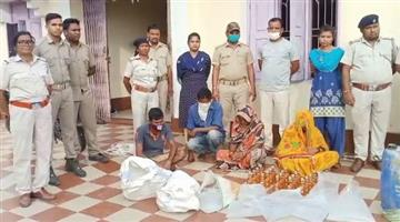 Khabar Odisha:Joint-raid-by-the-Department-of-Corrections-5-arrests-including-domestic-and-foreign-liquor