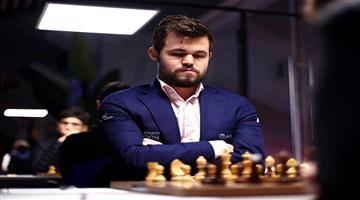 Khabar Odisha:Legends-of-Chess-Tournament-Carlesen-wins-10-games-in-a-row