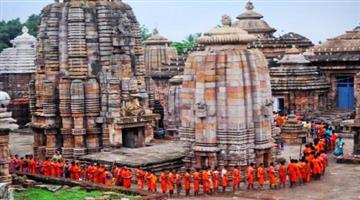Khabar Odisha:Lingaraj-temple-preparation-of-coming-shraban