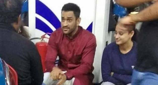 Khabar Odisha:MS-Dhoni-participates-in-Bharat-band