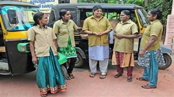 Khabar Odisha:Mumbai-women-auto-driver-create-new-way