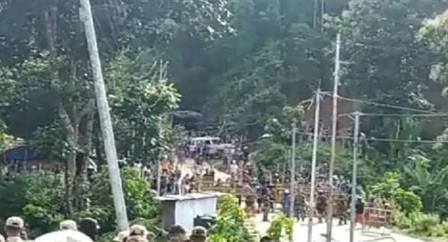 Khabar Odisha:Nation-12-hour-bandh-called-in-Assams-three-districts-death-toll-rises-to-7
