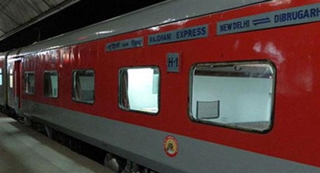 Khabar Odisha:Nation-Corona-virus-IRCTC-said-dont-cancel-train-tickets-you-will-get-refund-automatically