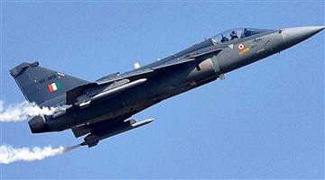 Khabar Odisha:Nation-Defence-Minister-Rajnath-Singh-to-fly-in-IAF-LCA-Tejas-in-Bengaluru