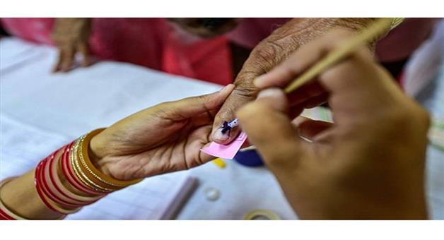 Khabar Odisha:Nation-Maharastra-Panchyat-election-in-Maharastra-begisn-continued-till-530-pm-today