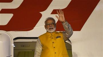 Khabar Odisha:Nation-PM-Modi-emplanes-for-Osaka-in-Japan-where-he-will-attend-the-G-20-summit