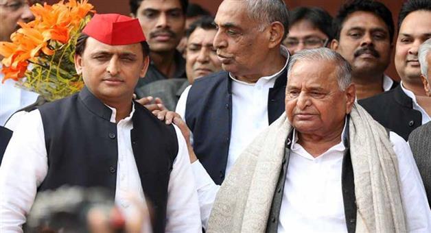 Khabar Odisha:Nation-SC-SC-hear-plea-agianst-Mulayam-Singh-Yadav-and-Akhilesh-Yadav