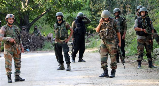 Khabar Odisha:Nation-Three-terrorist-killed-in-encounter-in-Tral-of-Jammu-and-Kashmir