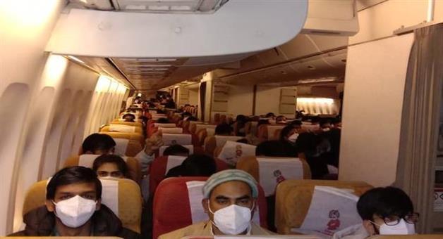 Khabar Odisha:National-Odisha--119-indians-from-coronavirus-hit-cruise-ship-land-in-delhi