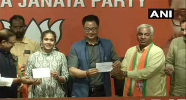 Khabar Odisha:National-news-International-Wrestler-Babita-Phogat-Joins-Bharatiya-Janata-Party