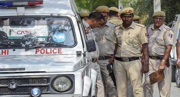 Khabar Odisha:National-news-alert-of-terror-attack-in-delhi-police-station-tighten-security-after-inputs-of-ib