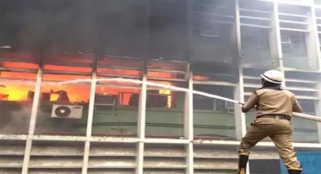 Khabar Odisha:National-news-fire-broken-out-all-india-institute-of-medical-sciences-aiims-fire-brigade