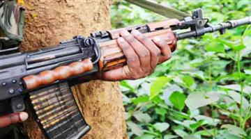 Khabar Odisha:Naxals-kill-supervisors-in-protest-of-road-works-combing-operation-intensifies-at-the-scene