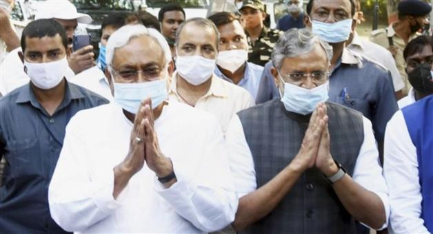 Khabar Odisha:Nitish-Sushil-Modi-pair-will-rule-again-in-Bihar-decision-in-NDA-MLAs-meeting