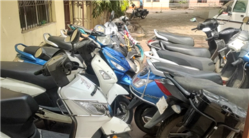 Khabar Odisha:Notorious-bike-looters-arrested-in-the-capital