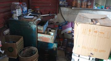 Khabar Odisha:Omfed-booth-looted-in-Bhubaneswar
