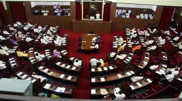 Khabar Odisha:Penalty-bills-passed-in-the-legislature-for-illegal-strikes