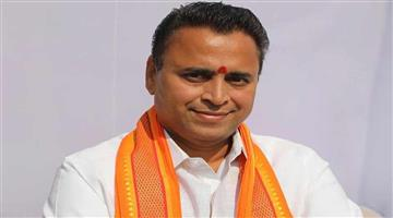 Khabar Odisha:Politics-BJP-leader-Sunil-Deodhar-claims-more-than-dozens-of-TDP-mlas-in-touch-with-BJP