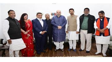 Khabar Odisha:Politics-Five-leaders-of-Trunamula-Congress-joins-BJP-in-front-of-senior-leader-Amit-Shah