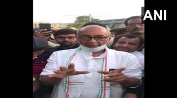 Khabar Odisha:Politics-Madhya-Pradesh-congress-leader-Digvijaya-Singh-reached-Bengaluru-to-meet-rebels-MLA