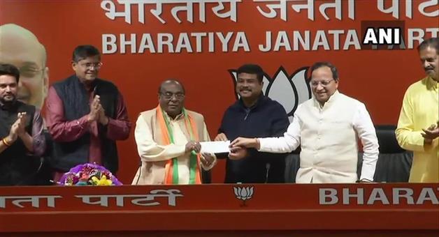Khabar Odisha:Politics-odisha-Senior-political-leader-Damodsar-Rout-join-bjp-today