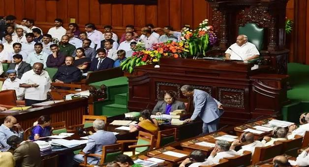 Khabar Odisha:Politics-odisha-karnataka-speaker-adjourned-assembly-till-monday-without-holding-trust-vote