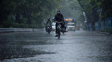 Khabar Odisha:Precipitation-in-the-Bay-of-Bengal-will-intensify-in-24-hours-with-red-warnings-issued-to-six-districts