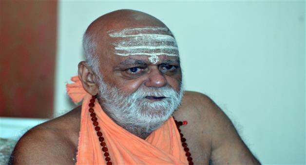 Khabar Odisha:Puri-Shankaracharya-home-qyarantine-after-return-delhi