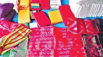 Khabar Odisha:Rout-pada-artisan-prepare-khandua-for-dating-of-puri