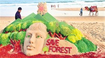 Khabar Odisha:Sand-artist-manas-create-warred-on-forest-day-in-puri-beach