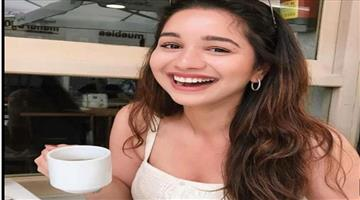Khabar Odisha:Sarah-Tendulkar-is-wasting-her-fathers-money-The-answer-is-on-Instagram
