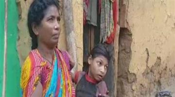 Khabar Odisha:Son-in-jail-mother-straggle-in-old-age