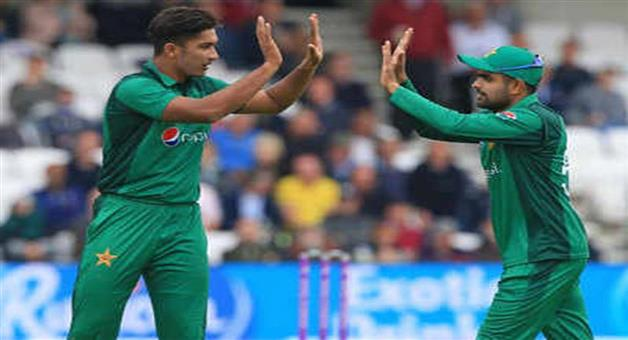 Khabar Odisha:Sports-Pakistans-Mohammad-Hasnain-become-youngest-bowler-to-take-t20-international-hat-trick