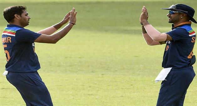 Khabar Odisha:Sports-Suryakumar-Bhuvneshwar-and-Deepak-Chahar-help-India-beats-Sri-Lanka-in-1st-t20