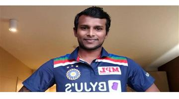 Khabar Odisha:Sports-Thangarasu-Natarajan-becomes-the-first-Indian-player-to-make-his-International-debut-across-all-3-formats-during-the-same-tour