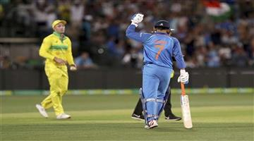 Khabar Odisha:Sports-cricket-Mahendra-Singh-Dhoni-mistake-india-vs-Australia