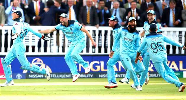 Khabar Odisha:Sports-cricket-World-Cup-2019-ICC-World-Cup-finals-super-over-tied-first-time-in-history-know-ball-by-ball-thrill