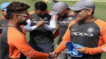 Khabar Odisha:Sports-cricket-odisha-ms-dhoni-is-a-legend-dont-compare-him-with-me-says-rishabh-pant