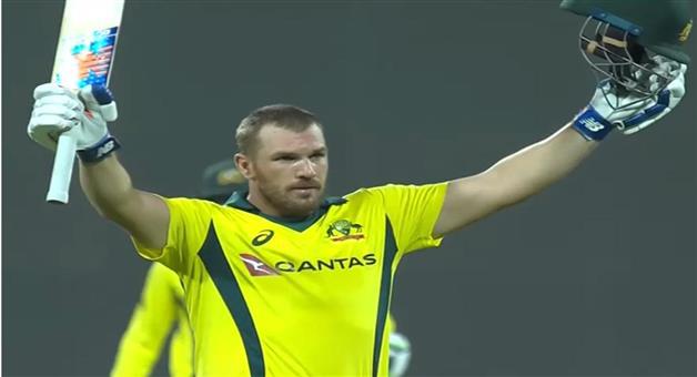 Khabar Odisha:Sports-cricket-odisha-Australia-beat-Pakistan-by-8-wickets-in-the-second-ODI-with-Aaron-Finch-scoring-a-century
