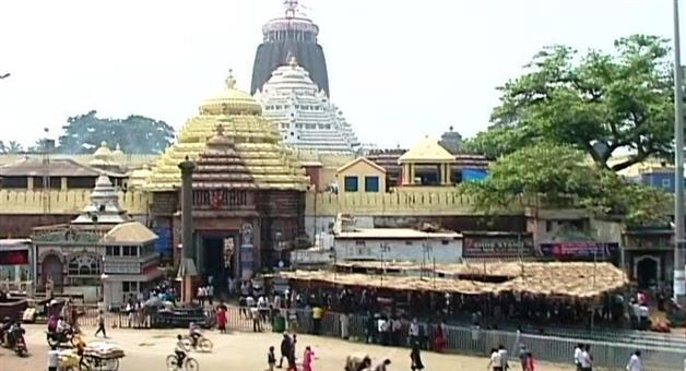 Khabar Odisha:State-Odisha-15-lakh-quintal-of-wood--Balukhand-uprooted-during-Fani-will-be-dispatched-for-use-in-Rosaghar-Srimandir--Swargadwar