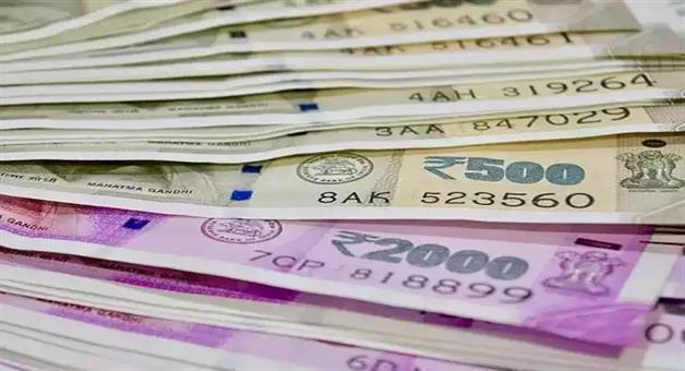 Khabar Odisha:State-Odisha-42lacks-Money-seized-from-Business-mans-Car