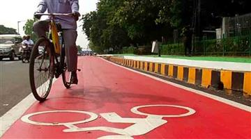 Khabar Odisha:State-Odisha-Govt-Employees-brought-cycle-to-Office-for-reduce-pollution