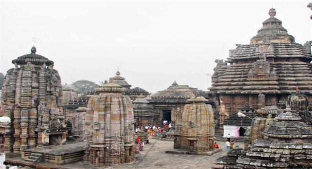 Khabar Odisha:State-Odisha-Lingaraj-temple-demolish-side-parts